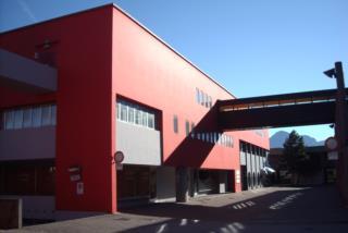 """Centro Direzionale di Tolmezzo - Blocco """"D"""" - Prospetto ovest"""